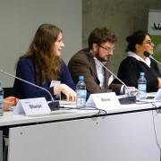 """Panel bei der Konferenz """"Aghet und Shoah – Das Jahrhundert der Genozide"""" von 8. bis 10. November 2015"""