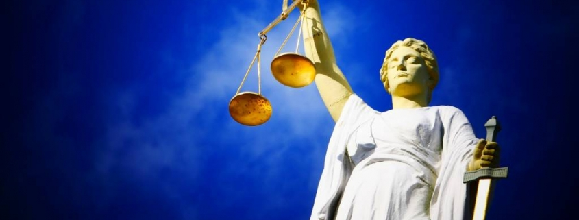 Justitia, Quelle: AJEL/Pixabay Free for commercial use/No attribution required-License